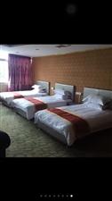 九成新床整套、规格1米2、1米5、1米8、(价格500、600、800)