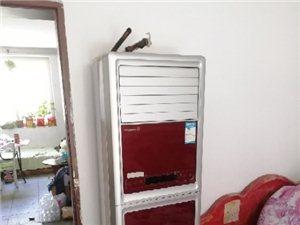出售各种二手空调新空调,价格不高。本公司没有破烂货,需要破烂的请绕行,全部都是好机器。