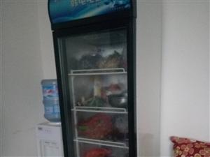 冰箱展示柜,低�r出售八成新,自己上�T拿,地址在榕江�h�S��^,廉租房非�\勿�_