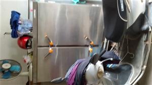 一、24盘电、汽两用蒸饭车(近乎全新),二、直径85公分液化气炉灶及相配套铁锅一付(专业生产疙塔老式...