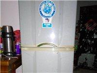 松下全铜管冰箱,功能性好,拆迁搬父母处没地方放,便宜出售。售价500元。机不可失时不再来。