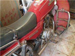本人出售一辆嘉陵125板轮摩托车,九成新,有意者电话联系,18329672031