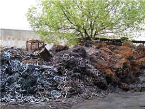废旧物质回收 高价回收废铁 回收报废车 工地废铁 厂房拆迁  以及废铜 废铝 空调家电等