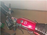 300出售报废男装125摩托车带车牌卖,保养良好。上班代步工具。