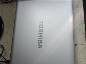 东芝笔记本电脑成色好不卡低价出售,内存4G,屏幕14寸,功能正常,外观没有划伤磕碰,原装充电器,电池...