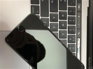 苹果8Plus 64G黑色,国行正品,全原装,9成新,没有拆过 可以用手机交换,可以分期付款 地...