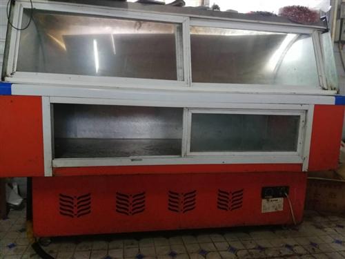 涼菜展示柜一個!不銹鋼案子一個!凳子若干!著急回家便宜出售!