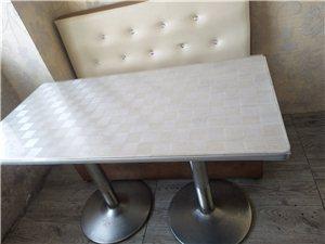 桌子沙发,八张桌子,沙发还有八个,一米二,处理价,自提,八成新,另有一冰柜600处理