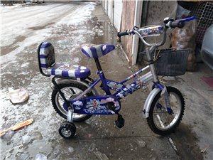 低价出售儿童自行车九成新