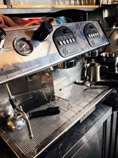 出售一台双头咖啡机,八成新