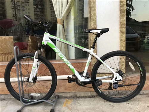 收购山地自行车,27速或30速,多多益善…有的联系我,微信1203337427