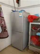 宝石花电冰箱,运行正常,无维修史,制冷等正常。南丹县县城交易。九成新。因为搬家带不了,货真价实,欢迎...