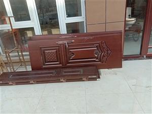 铁门160/180左右宽,有配件,红门没有门框,要的话抓紧联系,15865050997