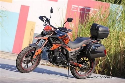 收购一辆摩托车800-1000大修过的有暗病的不要,代步用!年代久的一律300