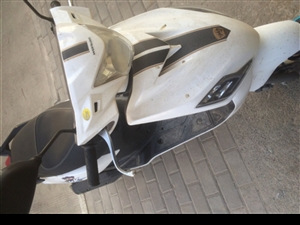 9.8成新踏板摩托车出售 基本没用过 现急出手,有意联系13830399869