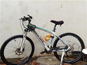 凤凰牌三地自行车买的时候2000多骑了四五次