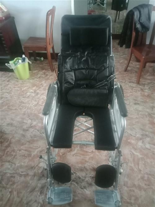 现有全成新的全躺轮椅折叠轻便小带坐便老人老年便携残疾人手推代步车,买来之后由于突发变故,就用了一次,...