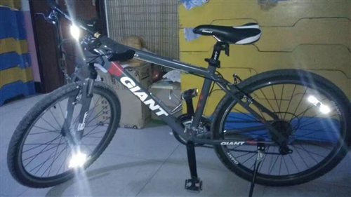 出售二手自行车 车况良好  捷安特  骑了一年