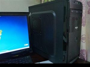 台式电脑出售,电脑很新,配置不错,送一个显示器