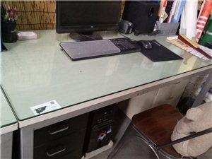 1.4米办公桌带钢化玻璃板