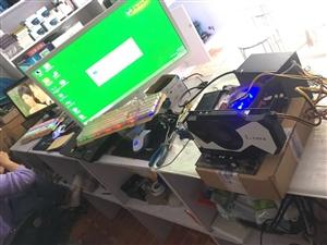 intel四核游戏主机,地下城英雄联盟无压力,四核处理器,i5性能,4g内存,独立游戏大显卡。