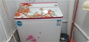 小天鹅洗衣机   大小型号7.5斤    用得快一年了  因为哥哥要结婚  想买一个新的   才想卖...