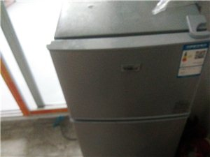 美的小冰箱118升,网上买的,有两个月那,由于家里东西多那装不了,所以又买那个大的,想把这个小的冰箱...