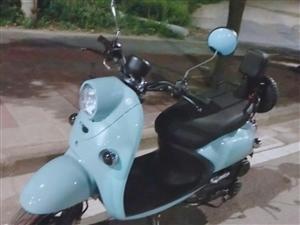 125cc助力油踏板。 2018年7月份購買,迄今為止里程數700公里。 發票合格證齊全,隨時上...