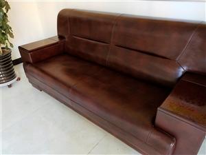 因店面统一装修出售几乎全新各?#32844;?#20844;家具及打印机