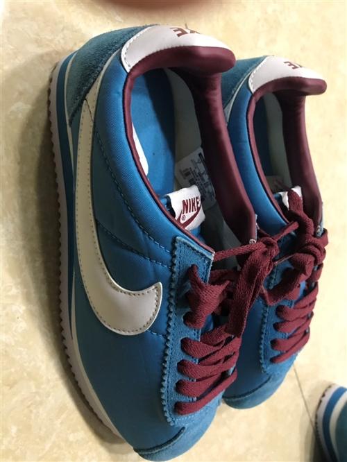 耐克,李寧鞋子,斷貨尺碼不齊,想要的微wxx081103