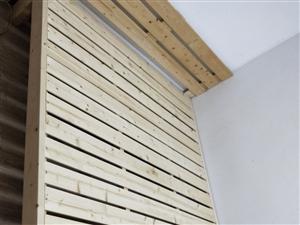 可拆式的木床,长2米  宽1.8米