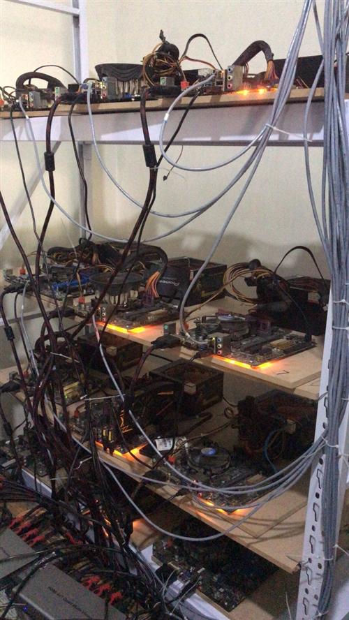 工作室设备处理,  出售整套工作室设备,两组(32台),分屏器,同步器,接手即可开工,包安装,包技...