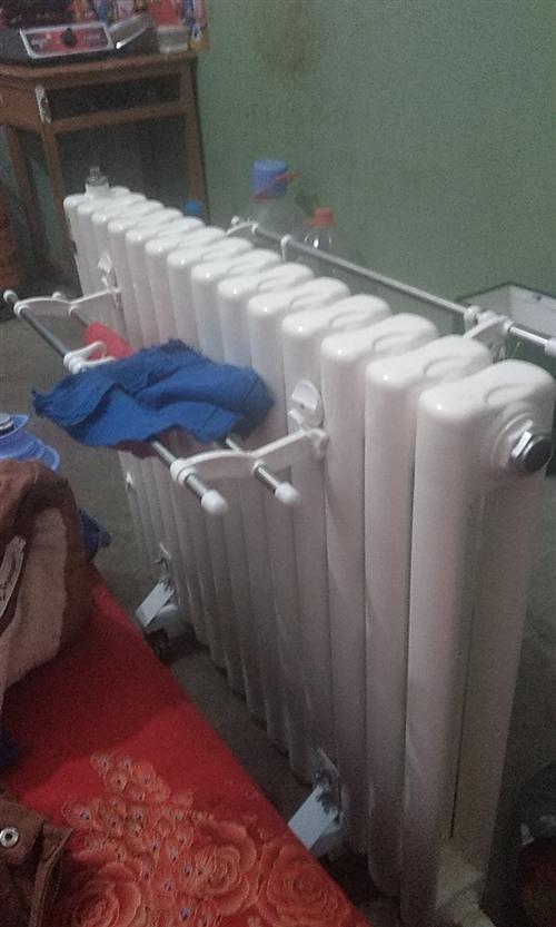 暖气片  搬家了  用不上了   便宜处理了  新的11月10号  收的货   有人要吗