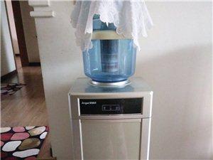 饮水机原价1千多,健身自行车原价三千多。都没咋用过,因换房搬家偏宜处理