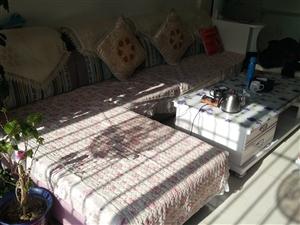 沙发出售,3米35长,有合适的马上联系,电话18193770789