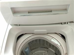 闲置家用洗衣机出售   用了三年  就是按键不太灵敏  其他都还很好  有用的上的朋友联系