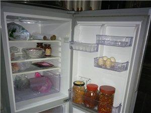 搬新家想换一台大点的冰箱,冰箱是容升大品牌的,买来当时价钱一千四百多,九成新,现还在正常使用中,需要...