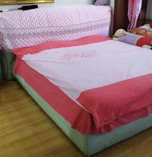 二手床+床垫子,一口价,非诚勿扰,谢谢!