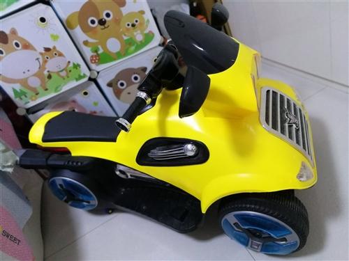 儿童电动摩托车9.8成新,能唱歌,讲故事,可插usb,sd卡,原机充电器,遥控器,原价399元,现在...