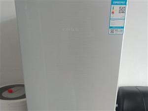 容声冰箱,总容体172L 95成新
