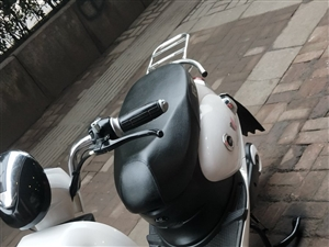 精品二手电动车   车子时间短,极品中的极品,手续齐全,有三包 地址:二转盘加油站下行60米,客...