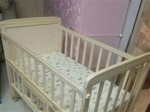 宝宝婴儿床 小孩没用多少天,花400买的现在200转让