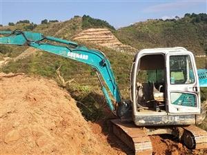 出售自用山河智能50挖机,性能免检,大泵换新的,寻乌县城附近试机,发财致富好机子。