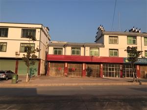 南桥高速路口独栋房屋出售,占地面积120,前后门坪后院,证件齐全,价格面议