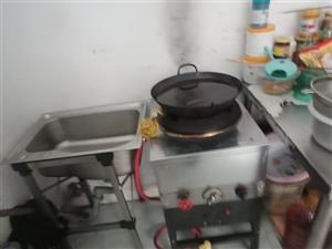 饭店用品转让,便宜卖,烧烤机,冰箱