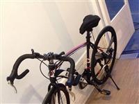 顶配三刀一体轮公路车三地跑车破风公路前后碟刹自行车 ,因为工作原因,放在家也是浪费,几乎零磨损,就只...