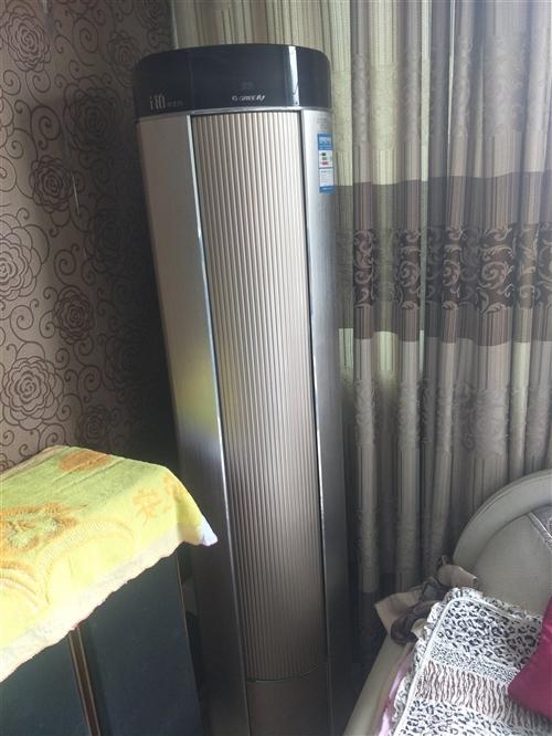 格力空调新的买1万块,只买几了个月现在搬家,低价处理。