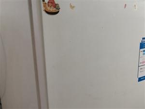 海尔单开门冰箱,七成新。