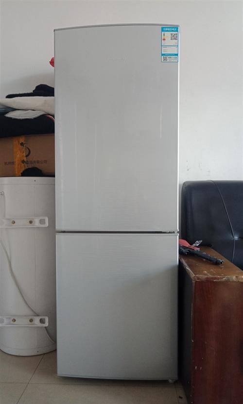 容声冰箱175,95成新