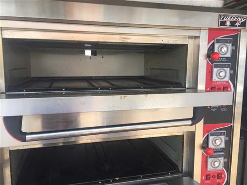 出售双层4盘燃气烤箱3600元,18355200800微信电话同步